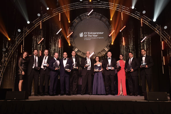 Ernst & Young (EY) premia a Western Pennsylvania and West Virginia con los premios Entrepreneur Of The Year 2016.